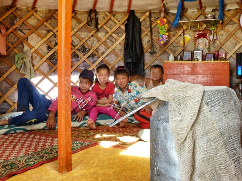 Zu Gast bei einer Nomadenfamilie