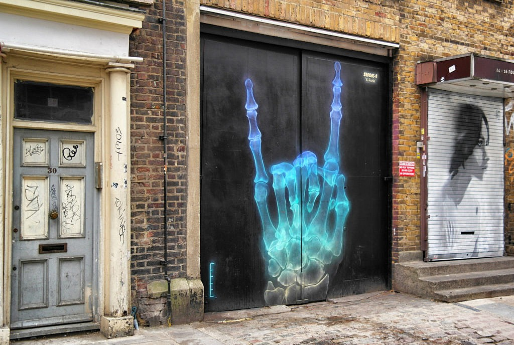 Street Art in London (15)