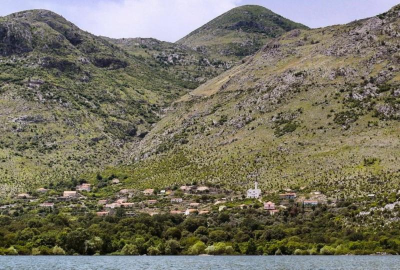 Kanufahren auf Montenegros Skutarisee (12)