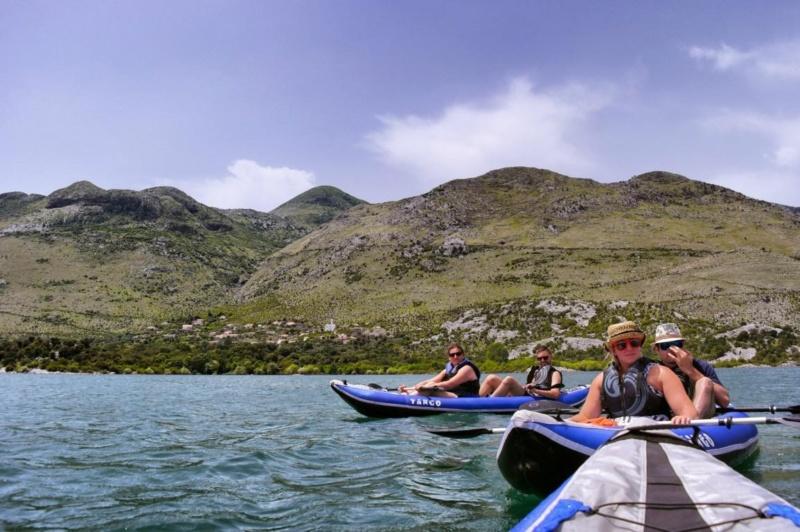 Kanufahren auf Montenegros Skutarisee (13)