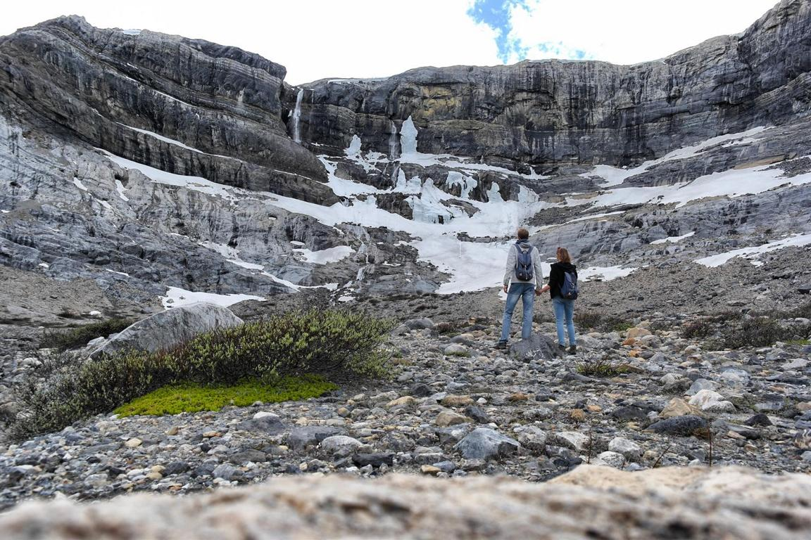 Westkanada Highlights in 2 Wochen - Bow Glacier Falls