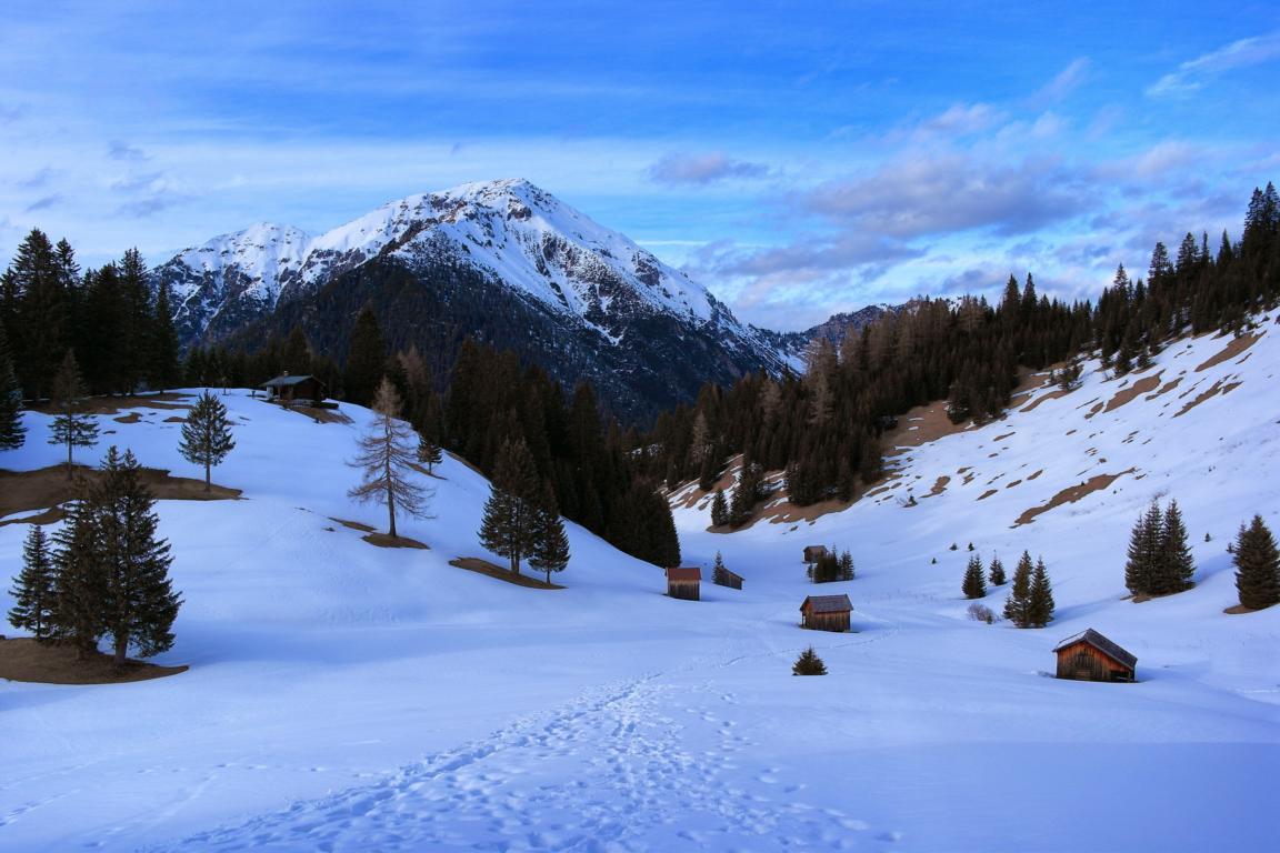 Schneeschuhwandern in Tirol