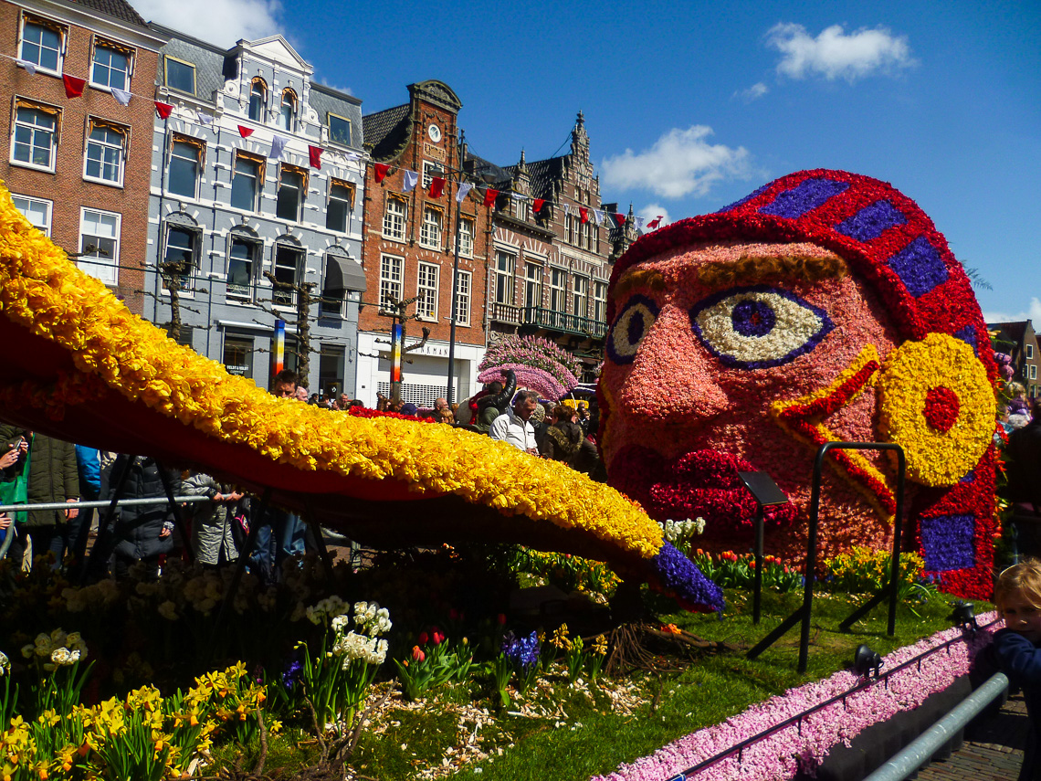 Tulpenblüte in Holland - Bloemencorso (1)