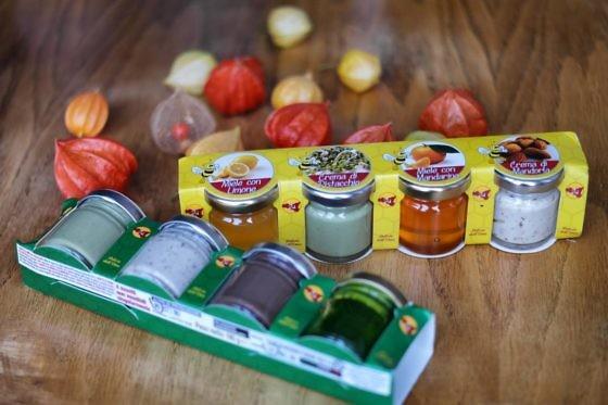 Honig, Mandel- und Pistaziencreme