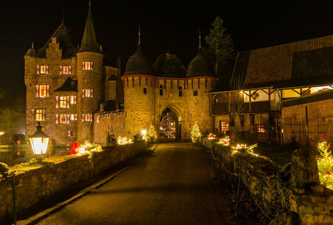 Burgweihnacht auf Burg Satzvey