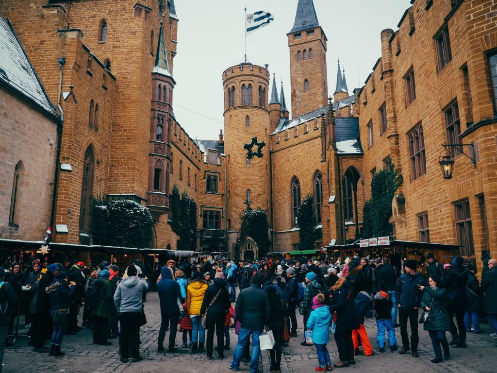Weihnachtsmarkt auf der Burg Hohenzollern - Besondere Weihnachtsmärkte in Deutschland
