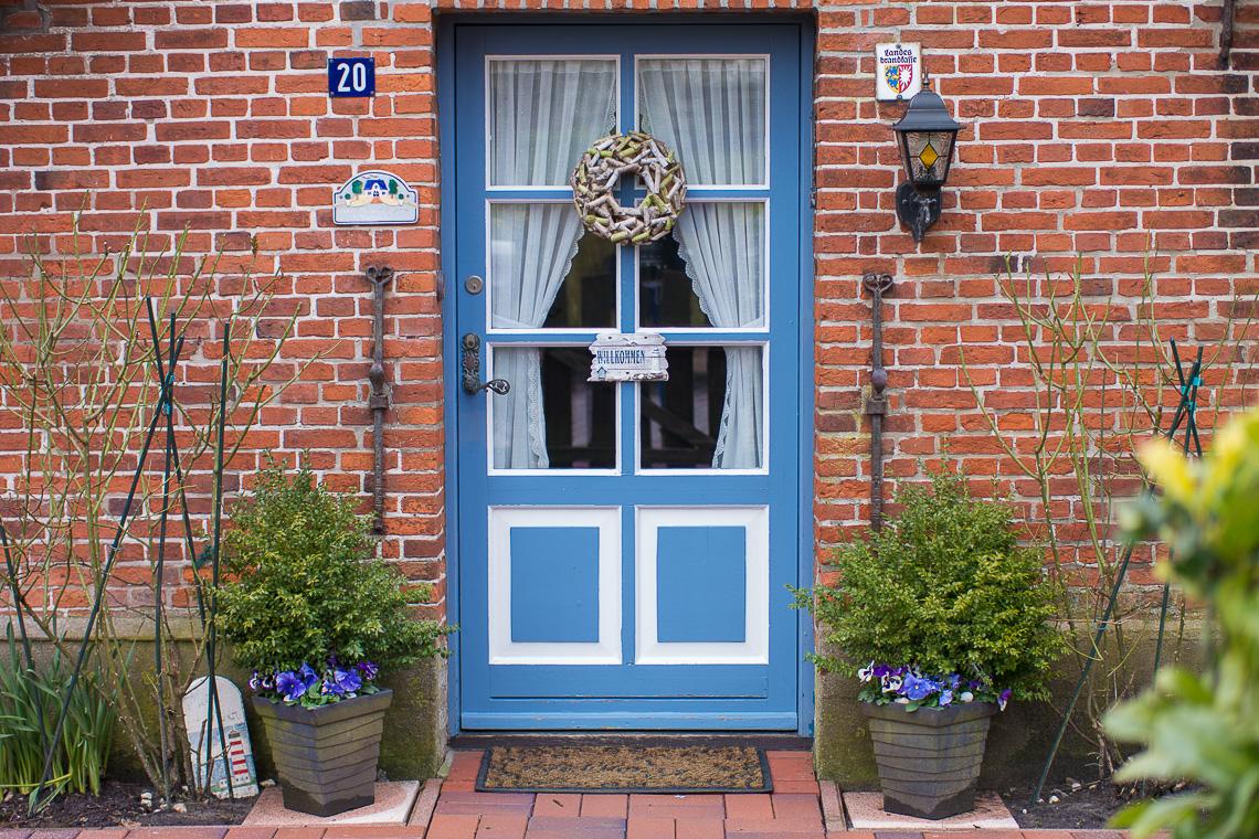 Gegen den Wind Insider-Tipps für St. Peter-Ording - Schöne Türen in Tetenbüll