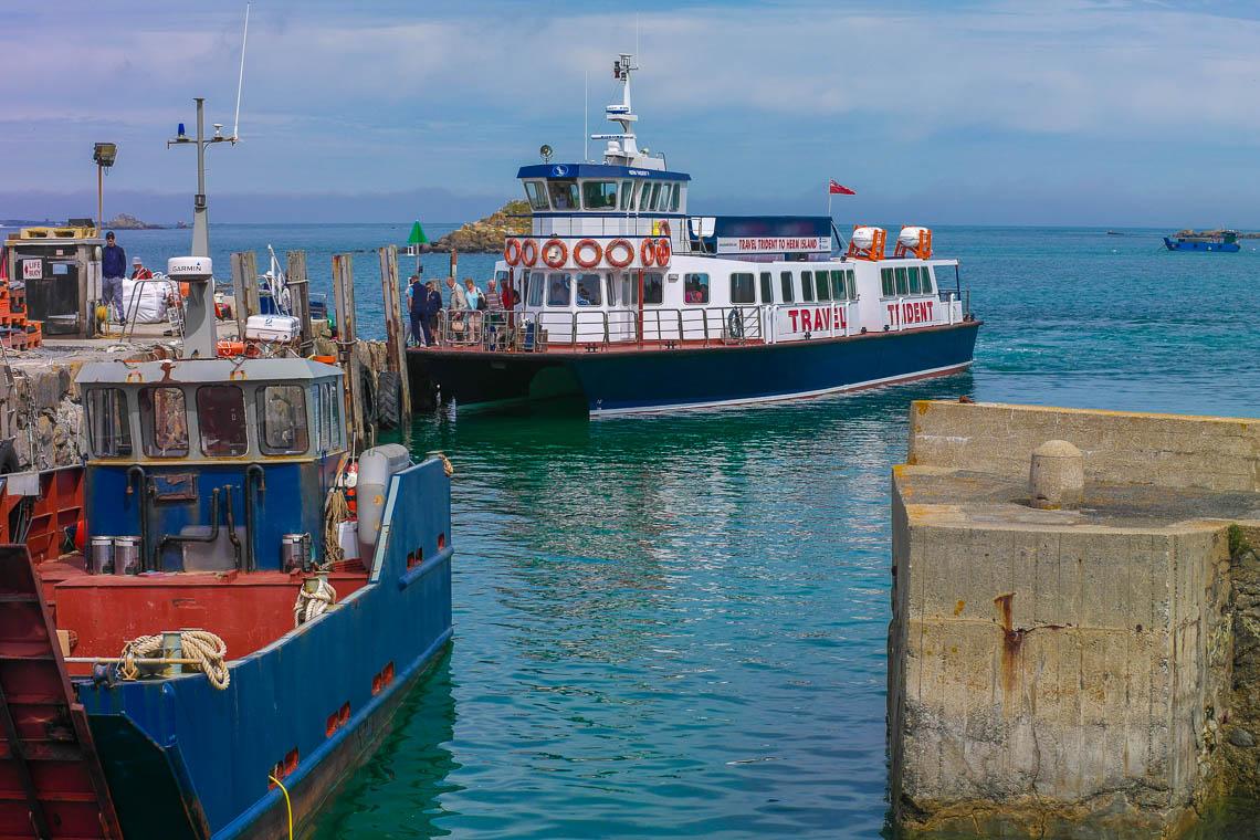 Inselhüpfen auf den Kanalinseln - Fähre nach Herm