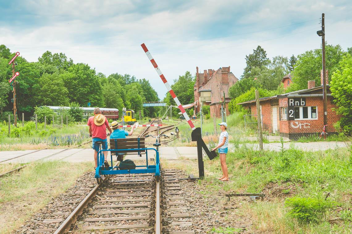 Bahnhof Rehagen auf einer Draisinenfahrt - Ausflugsziele im Fläming