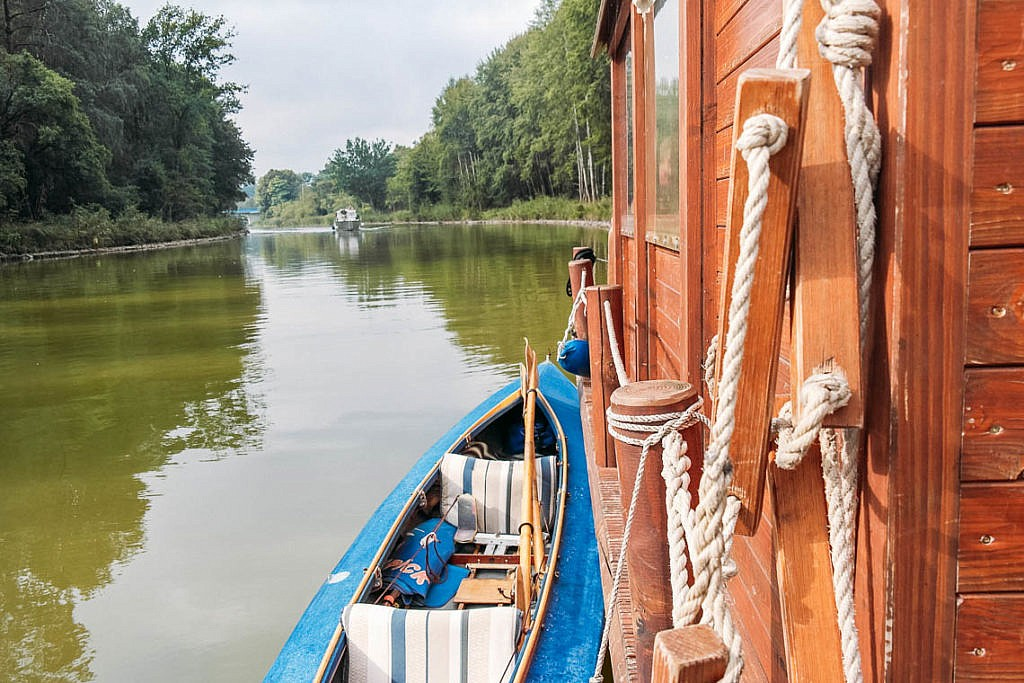 Floßfahrt auf der Mecklenburgischen Seenplatte
