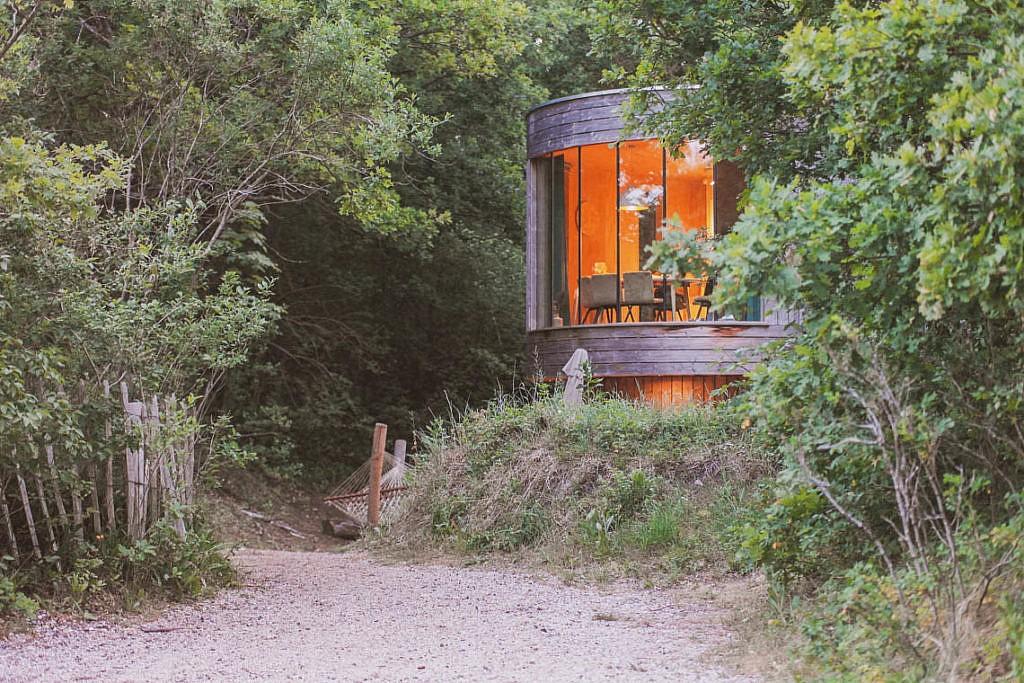 Baumhäuser auf dem Campingplatz Geversduin